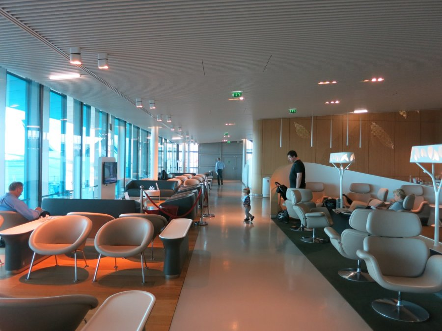 Air France Business lounge CDG 2E (L), lounge_02.JPG
