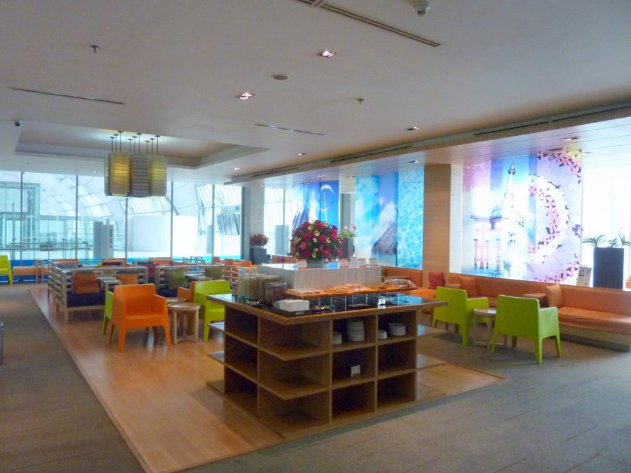 Bangkok, Bangkok Airways Lounge intl_05.JPG