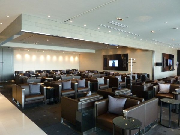 Haneda ANA Business class lounge_19.jpg