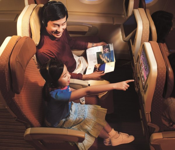 Singapore Airlines Economy A380_01.jpg