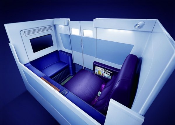 A380 First Class - Platinum Private Suite 01.jpg