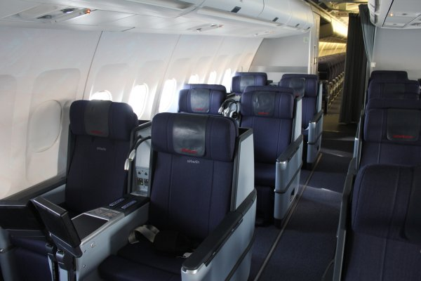 K_Langstreckenkabine Business-Class 02.jpg
