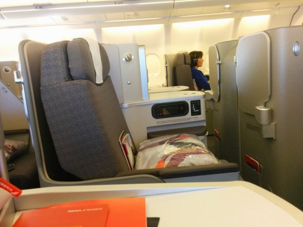 24419-iberia-presenterar-long-haul-produkt-ekonomi-business-img_20140319_2.jpg