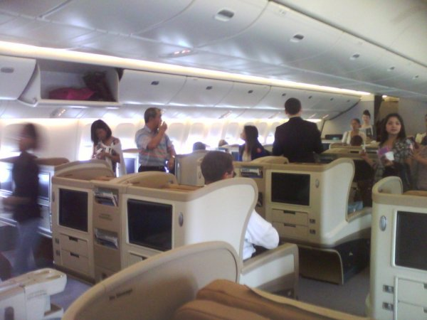Singapore Airlines_Regional Business class 02.jpg