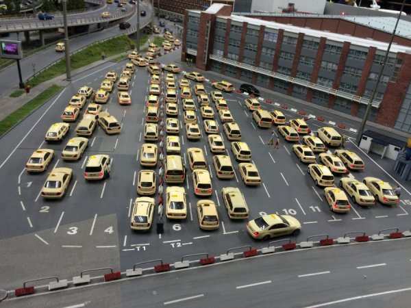 Taxistand.jpg