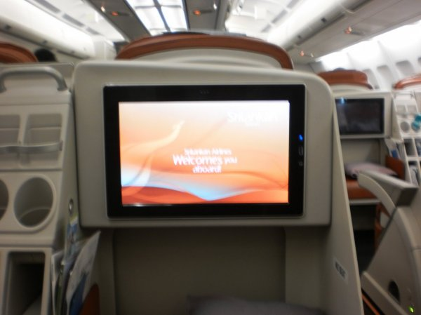 SriLankan Airlines Business Class A340_009.jpg