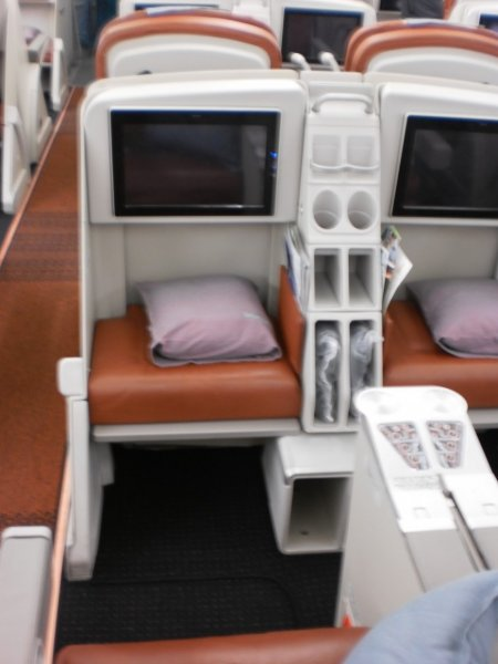SriLankan Airlines Business Class A340_006.jpg