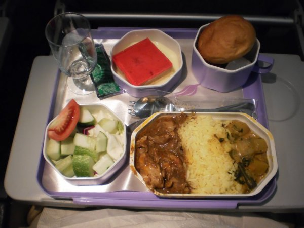 SriLankan Airlines Economy class A340_13.jpg