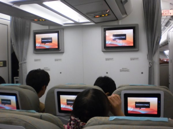 SriLankan Airlines Economy class A340_07.jpg