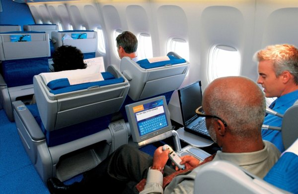 KLM World Business class 01.jpg