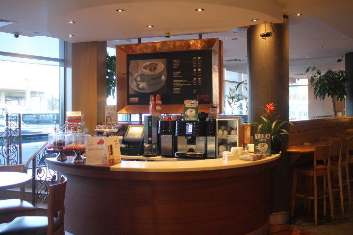Jurys Inn Heathrow: Coffee shop