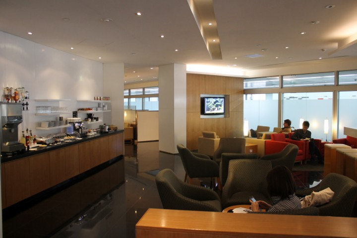 Cathay Pacific First & Business Class Lounge, Melbourne