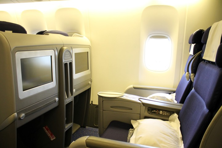 KLM World Business Class Boeing 777 Amsterdam-Bangkok