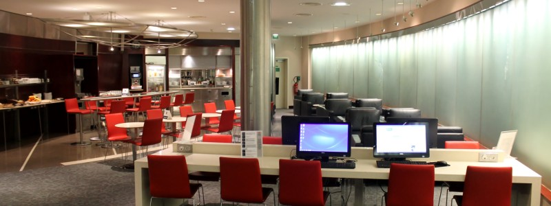 Air Canada Maple Leaf Lounge Paris CDG