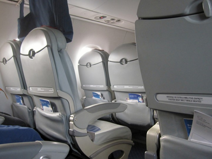 LOT Business Class cabin Embraer 170