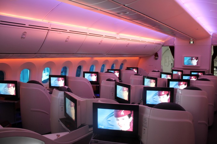 Qatar Airways Business Class cabin Boeing 787 Dreamliner