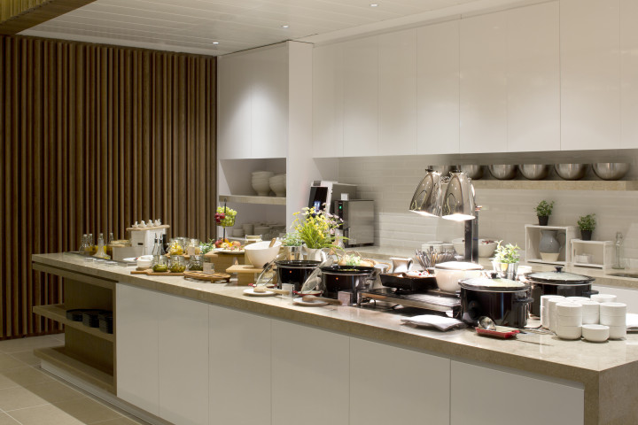 Plaza Premium Lounge London Heathrow Terminal 2