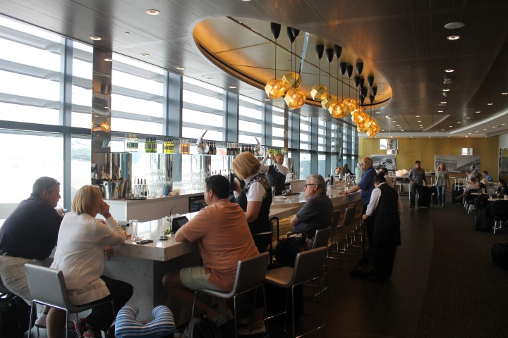 United Club Lounge, London Heathrow Terminal 2