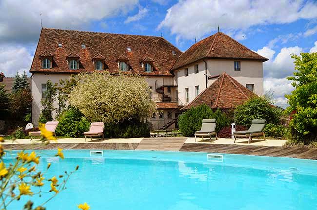 Historic Hotels of Europe - Hostellerie de la Tour d'Auxois, Saulieu, France