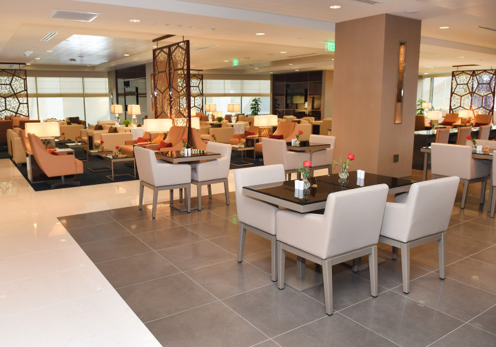 Emirates Lounge Los Angeles LAX