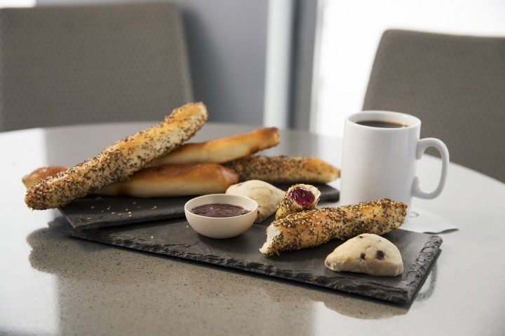 United Airlines United Club - Scones and Bread