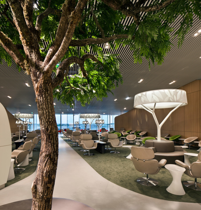 Air France Lounge Paris CDG Terminal 2E pier M interior