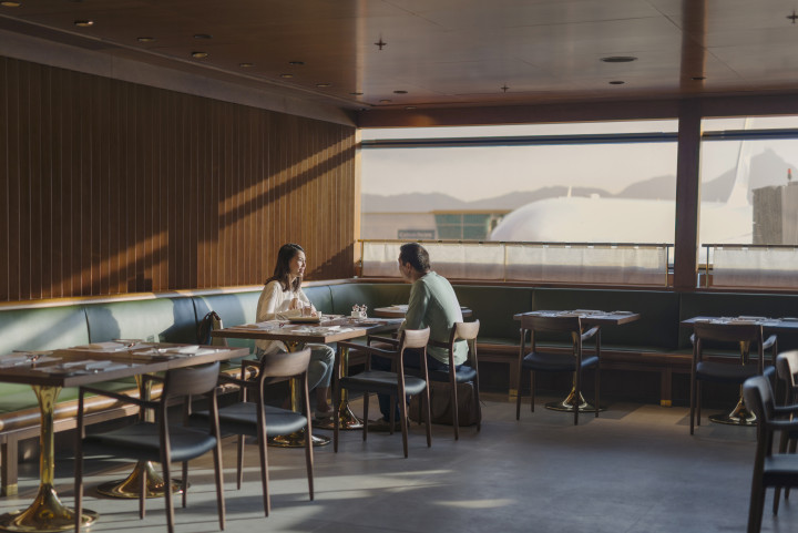Cathay Pacific The Pier First Class Lounge, Hong Kong
