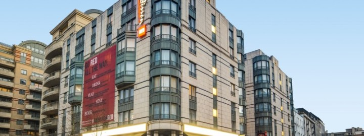 Radisson-RED-Brussels-EXTERIOR-4-800x300