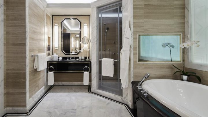 PNY-Hotel-FifthAvenueSuite11-Bathroom-1074-1-720x405