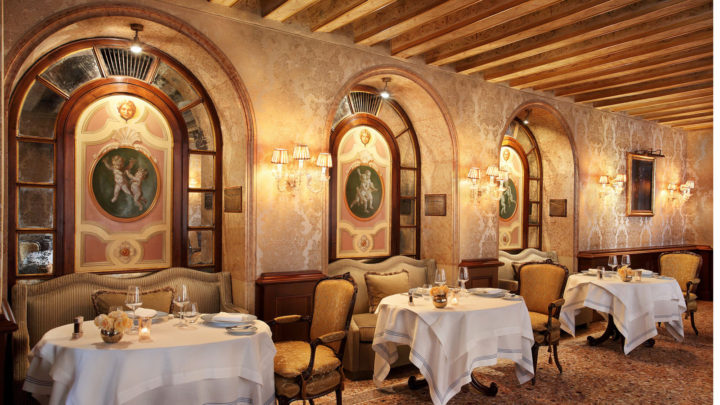 TheGrittiPalace_restaurant_Club_Del_Doge