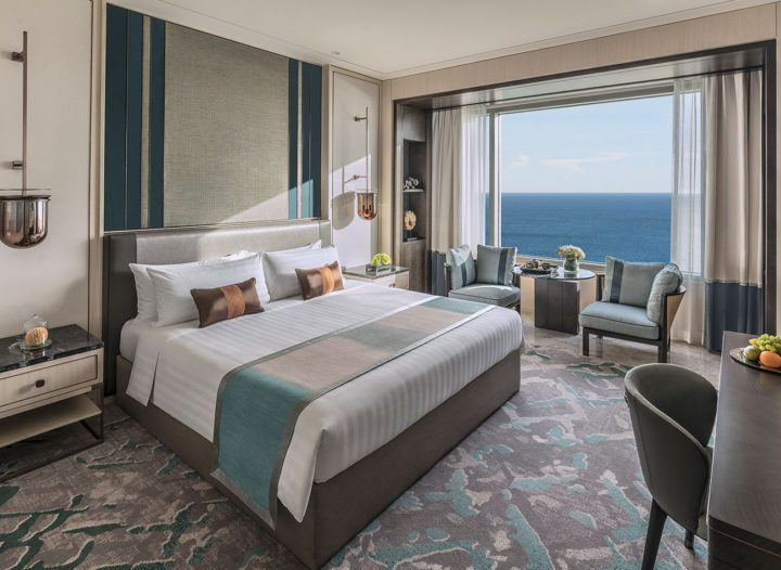 deluxe-ocean-view-room_king