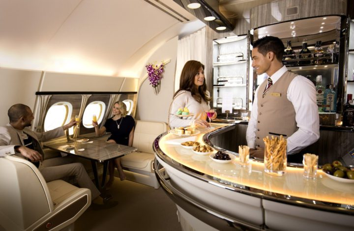 Emirates-A380-Onboard-Lounge3-720x470