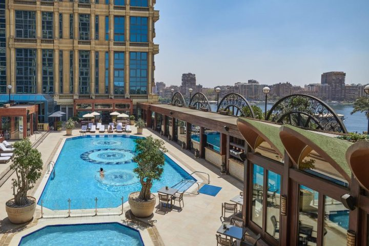 cairo_4seasons_pool