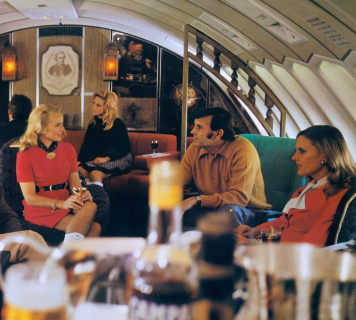 First Qantas 747 1970s interior - First Class upper deck lounge.-min