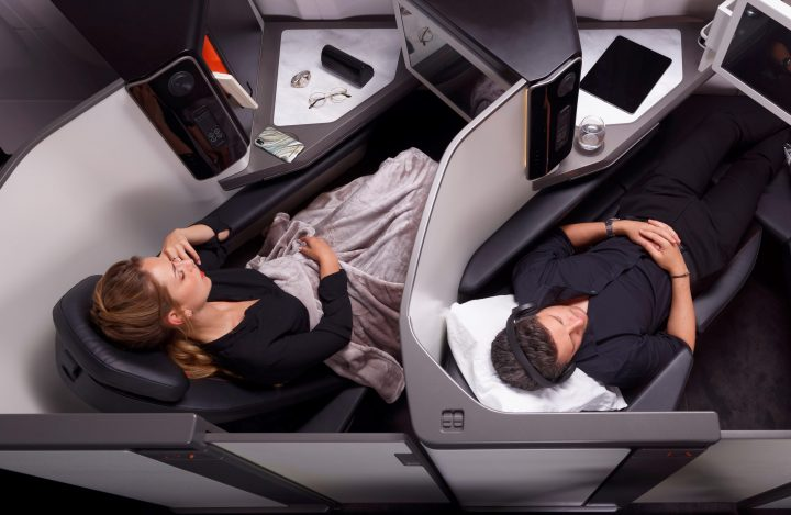 2020_09_OPERA_BUSINESS_CLASS_SEAT_SLEEP