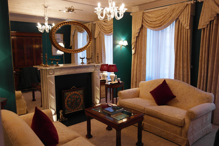 The Goring London - Vardagsrummet i en Belgravia-svit