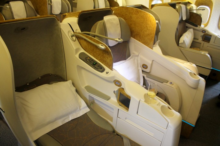Emirates Business Class cabin Boeing 777
