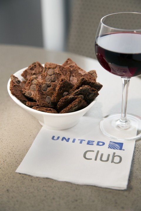 United Airlines United Club - Brownie Brittle