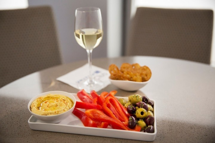 United Airlines United Club ny mat