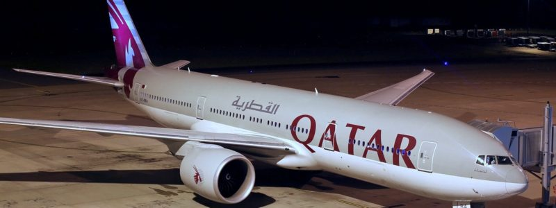 Qatar_Airways_Boeing_777-200LR_Koch-2-800x300