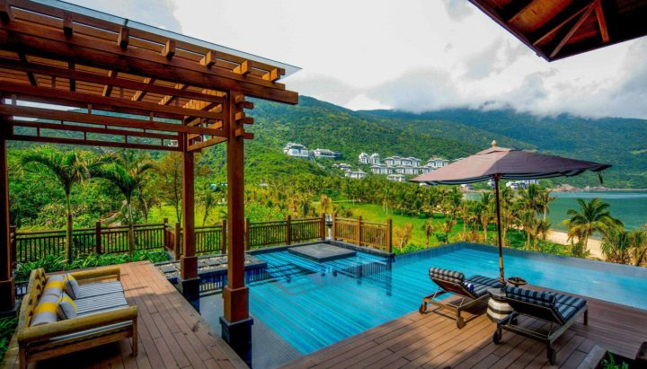 Sun_Peninsula_Residence_Villa_-_Private_pool_view